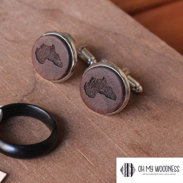 Wooden-cuff-links---walnut-africa