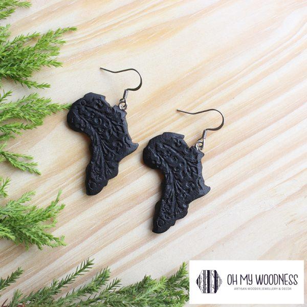 Wooden-Earrings-Black-Africas-Engraved