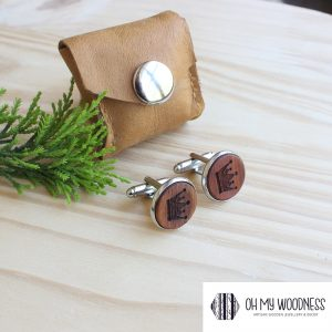 Wooden-cufflinks---Crowns---Kiaat