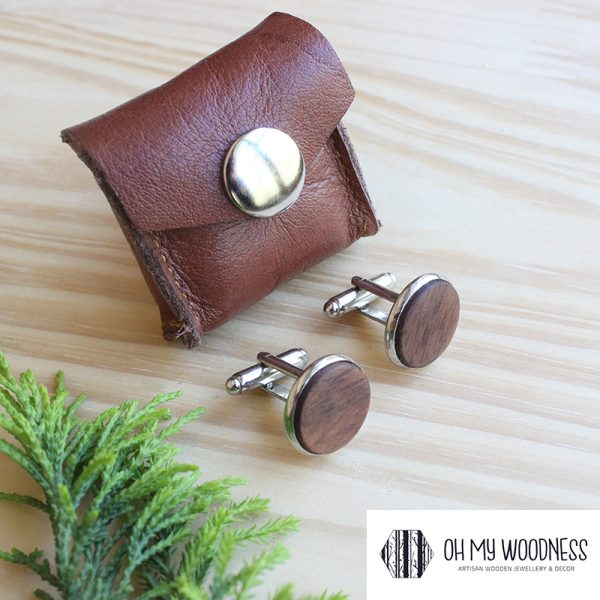 Wooden-cufflinks---Plain---Walnut-2