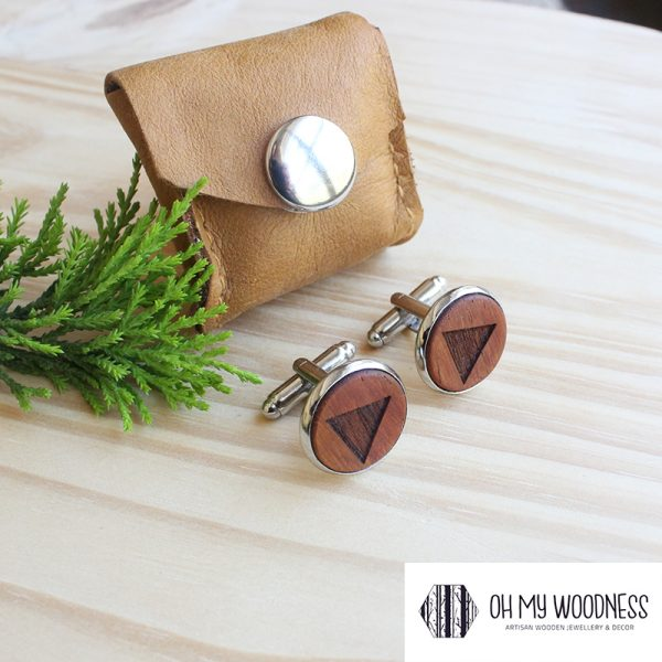 Wooden-cufflinks---Triangles---Kiaat