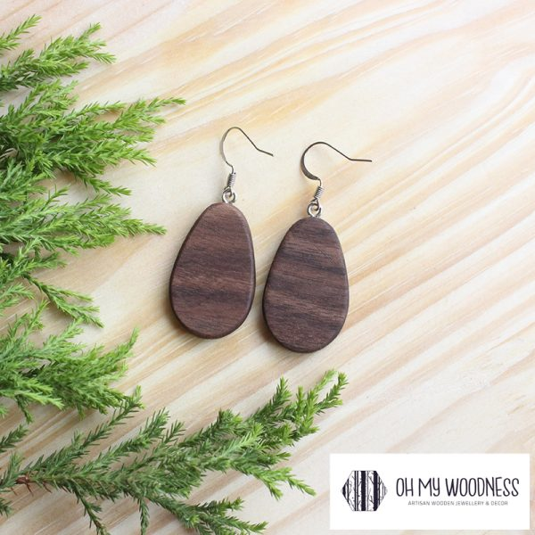 Wooden-earrings-Walnut-Small-Flat-Ovals