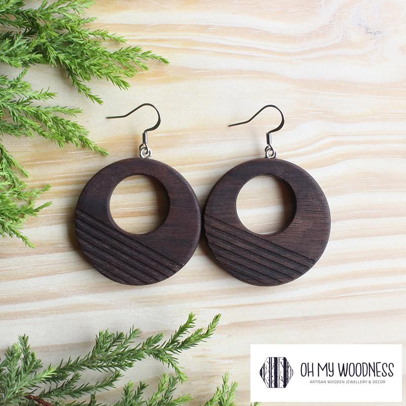 Wooden-earrings-Walnut-Striped-double-circles