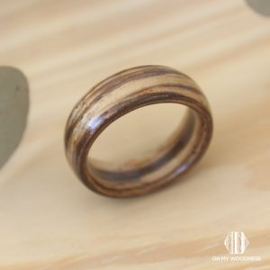 Wooden-ring-Zebrano-Front