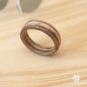 Zebrano-ring-narrow-top-view